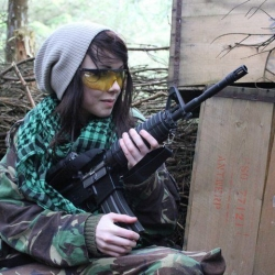 Airsoftgirl.net_real-airsoft-girls (101)