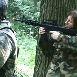Airsoftgirl.net_real-airsoft-girls (107)