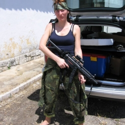 Airsoftgirl.net_real-airsoft-girls (113)