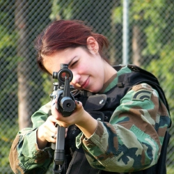 Airsoftgirl.net_real-airsoft-girls (118)