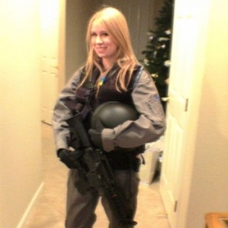Airsoftgirl.net_real-airsoft-girls (134)