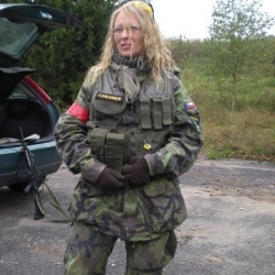Airsoftgirl.net_real-airsoft-girls (177)