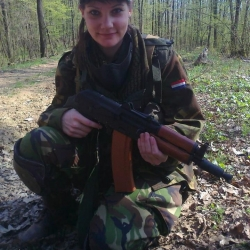Airsoftgirl.net_real-airsoft-girls (195)