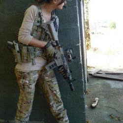 Airsoftgirl.net_real-airsoft-girls (197)