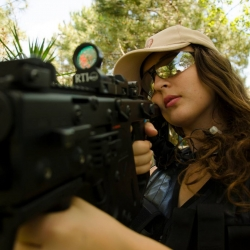 Airsoftgirl.net_real-airsoft-girls (208)