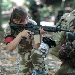 Airsoftgirl.net_real-airsoft-girls (227)