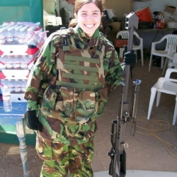 Airsoftgirl.net_real-airsoft-girls (25)