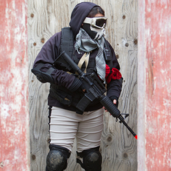 Airsoftgirl.net_real-airsoft-girls (5)