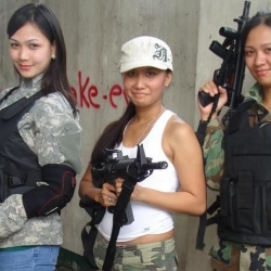 Airsoftgirl.net_real-airsoft-girls (81)