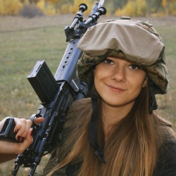 Airsoftgirl.net_real-airsoft-girls (96)